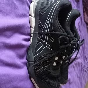 Asics shoes size 8.5